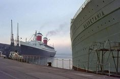 """capewolfe: """"The United States next to Cunard's RMS Mauretania painted in her green cruising livery. She was one classy dame! """""""