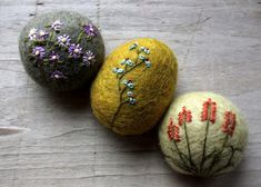 felted & embroidered eggs
