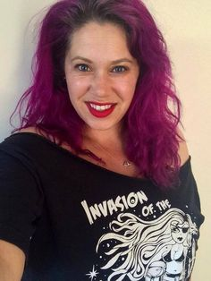 Kellie in her 'Invasion of the Killer Curves' slash neck tee.  Just one of the tshirts from our Plus Size Range at www.nickyrockets.com  #killercurves #sexypirate #raygun #nickyrockets #invasionofthekillercurves #curvypinup #plussizetshirts #curvy #plussize #bodypositive #curvygirls