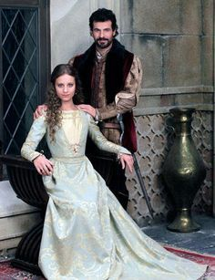 """Spanish tv series """"Isabel"""" about the life of the catholic Queen."""