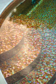 image of extraordinary swimming pool border tiles designs with brick mosaic glass tile also poured concrete pool coping Swimming Pool Tiles, Luxury Swimming Pools, Luxury Pools, Dream Pools, Modern Pool And Spa, Concrete Pool, Poured Concrete, Round Pool, Glass Pool