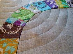 Marking hand quilting lines. Big Stitch tutorial using traditional pattern quilt.