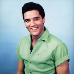 Elvis....there is just something so sexy about this man!!!