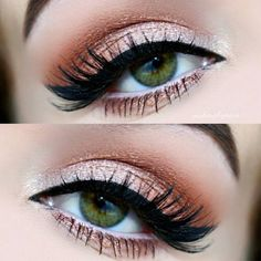 Makeup for Prom Looks that Boast Major Glamour ★ See more: http://glaminati.com/eye-makeup-for-prom/