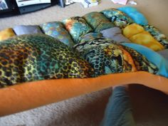 here's puffy quilt's thickness (all kitty's adore it)