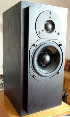The holy grail of speakers, ATC SCM10 passive.  | ⇆ 234|° 29,6´| https://www.pinterest.com/pin/373658100313262435/