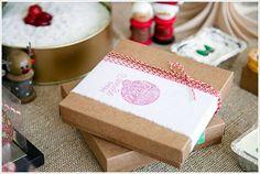 Já estamos começando o projeto de embalagens comemorativas para o Natal, por que não dar um Up natalino na sua empresa!  Faça sua empresa brilhar e está a frente dos concorrentes! você precisa, a GHG embalagens te ajuda *--* Bring on Christmas!