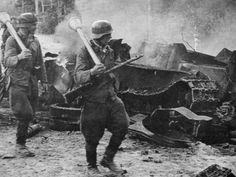 Lors de la guerre de continuation aux côté de l'Allemagne pour récupérer les territoires perdus, l'armée finlandaise reçoit du matériel alle...