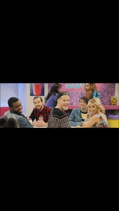 "Me when they were all looking at the table and they all come into view: ""THATS THEM! PENTATONIX!"""