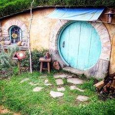 One of the lakeside hobbit holes up close.