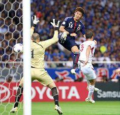 Yuzo Kurihara (Yokohama F-Marinos ) Got First Goal for Japan National Team.