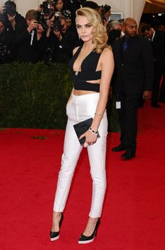 Pin for Later: 21 Stars 21 and Under Who Aren't Too Young For Fashion Cara Delevingne, 21 Model Cara Delevingne defines her bold personality through what she wears with monochrome hues, edgy cutouts and jewellery.