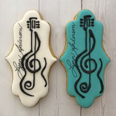 Custom decorated sugar cookies and cookie favors for any occasion Music Cookies, Fun Cookies, No Bake Cookies, Decorated Cookies, Sugar Cookies, Galletas Cookies, Baking Cookies, Cookie Designs, Cookie Ideas