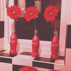 Retro, coca cola, 50's American diner, flowers, red, kitchen, vintage
