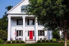 Four Columns Inn and gourmet Vermont fresh restaurant in Newfane, VT named Fred Bollaci Golden Palate Partner