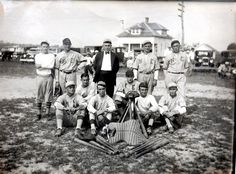 Unidentified baseball picture, possibly North East Maryland. It came from the home of an old ballplayer in Centreville, Queen Anne's County, Maryland, and the gentleman shared it with us.
