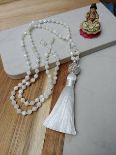 Hair Jewelry, Pearl Jewelry, Beaded Jewelry, Jewelery, Handmade Jewelry, Unique Jewelry, Beaded Tassel Necklace, Beaded Bracelets, Collier Simple