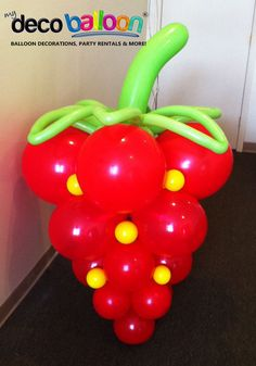 Our Balloon Sculptures are simply Amzing. Add a wow to your event with our custom Balloon Sculptures. Love Balloon, Balloon Wall, Balloon Garland, Balloon Sword, Balloon Crafts, Balloon Decorations Party, Ballon Arrangement, Baloon Art, Deco Ballon
