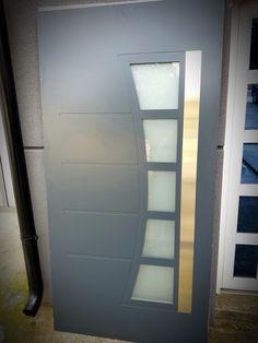 Aluminium front door ral7016 Aluminium Front Door, Shelves, Doors, Home Decor, Shelving, Decoration Home, Room Decor, Shelving Units, Home Interior Design