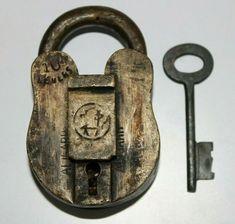 Padlocks, Solid Brass, Keys, Personalized Items, Antiques, Ebay, Vintage, Locks, Antiquities