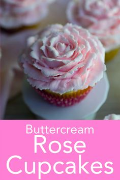 Buttercream Rose Cupcakes Buttercream roses are so beautiful and really easy! They take an extra minute or two longer than a plain swirl BUT it is totally worth it. Preppy Kitchen shows you how to execute this striking decoration. Cake Decorating Piping, Cake Decorating Videos, Cookie Decorating, Cupcake Decorating Tutorial, Decorating Ideas, Decor Ideas, Cupcake Recipes, Cookie Recipes, Dessert Recipes