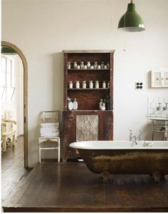 i L-O-V-E claw foot tubs.  when and if i ever own a house, this will be a necessity.