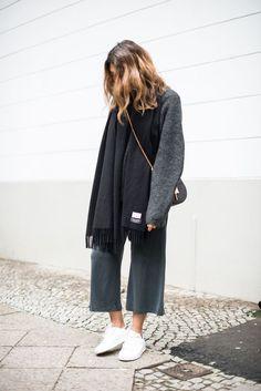 Blogger Style l grey knit x grey culottes x acne canada scarf x chloé drew bag x sneakers