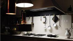 | SINE TEMPORE :: VALCUCINE |  Cocinas italianas :: una elaboración superficial de elementos en piedra