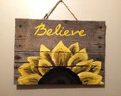 Wood Pallet Sign with sunflower