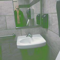 When ever I see a kitchen sink: Cuz a kitchen sink to you is not a Kitchen sink to me. Best Duos, Tyler Joseph, Twenty One Pilots, The Twenties, Smol Bean, Kitchen Sink, Pride, Alternative, Bands