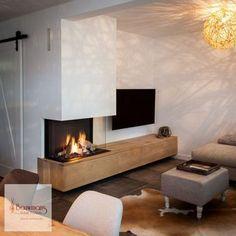 In Asten plaatsten we de Dru Maestro Als enige officiële dealer in deze r Fireplace Hearth, Home Fireplace, Modern Fireplace, Fireplace Design, 3 Sided Fireplace, Fireplace Ideas, Living Room Decor Fireplace, Home Living Room, Living Room Designs