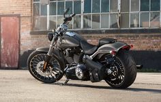 Throw a leg over the next level of aggression in factory H-D custom muscle and find out what defiance really feels like. | 2015 Harley-Davidson Breakout