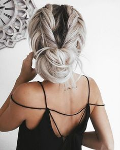 coiffure,cheveux,chignon,tresses