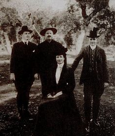 The royal family. The King of Portugal D. Carlos, queen of Portugal D. Amelia, and the two princes D. Luis Filipe and D. Manuel II