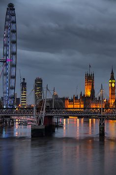 From Waterloo Bridge by Panta Rei Photo,London