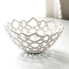 white ceramic with hand-carved lace design | ceramic . Keramik . céramique | Design: Isabelle Abramson Ceramics |