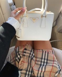 Victoria pia elisabeth waldau on been stealing moms skirts since i was 15 sorry mom louis vuitton handbags 2019 new lv collection for louis vuitton handbags must have it louisvuittonhandbags Luxury Purses, Luxury Bags, Fx Luna, Sacs Design, Accesorios Casual, Victoria, Cute Purses, Cute Bags, Mode Style