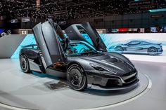 Porsche just took a stake in electric car maker Rimac Automobili – Sport Cars Best Electric Car, E Electric, Electric Vehicle, Porsche Taycan, Porsche Club, Ford Fairlane, Kodak Moment, Geneva Motor Show, Geneva