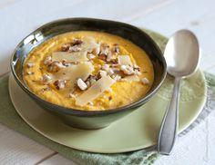 Crème de carottes au Cantal et aux noisettes