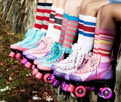 Roller disco - socks as party favors Roller Derby, Disco Roller Skating, Roller Rink, Roller Disco, Rollers, Mein Style, Crazy Outfits, Tube Socks, Skater Girls