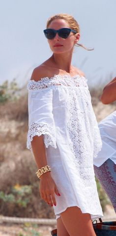 The eternal vacation Olivia Palermo - Zeleb.mx The eternal vacation Olivia Palermo - Zeleb. White Fashion, Look Fashion, Womens Fashion, Fashion Tips, Olivia Palermo Stil, Mode Hippie, Summer Outfits, Summer Dresses, Little Dresses