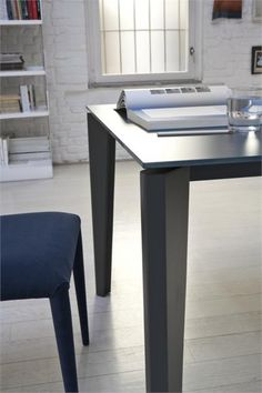 MIDJ Diamante Dining Table Extendable Table - Dining Tables and Dining Room Furniture at www.Accurato.us