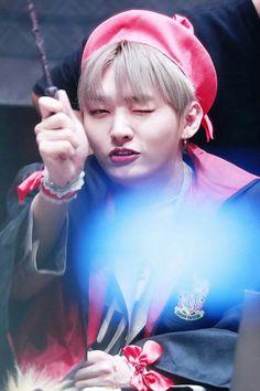 Wanna One • Jisung
