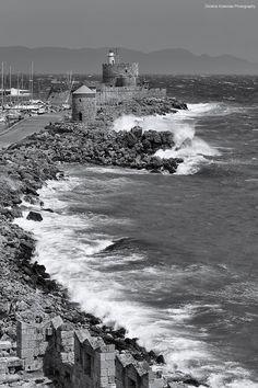 Εven in winter the island of Rhodes is beautiful, by Dimitris Koskinas Rare Photos, Old Photos, Greek Island Holidays, Greece Rhodes, Greece Holiday, Statue, Less Is More, Greek Islands, Greece Travel