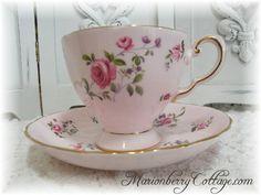Vintage Pink roses English Tuscan bone china tea cup/saucer set