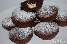 Briose de ciocolata cu crema de branza si ciocolata alba - LaLena.ro No Cook Desserts, Deserts, Cheesecake, Cookies, Chocolate, Breakfast, Food, Crack Crackers, Morning Coffee