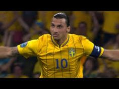 Image result for best soccer players of all time Best Football Players, Good Soccer Players, Soccer World, Polo Ralph Lauren, Baseball Cards, Web Magazine, Sams, Sports, Mens Tops