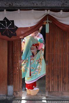 初寄り(祇園甲部) : 京都写真(Kyoto Photo)