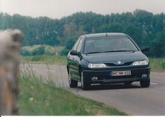 Renault Laguna RT 2.0 (9-95)