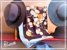 Il bello si circonda di bello.  #cappello #cappelli #hat #hats #artigianato #madeinitaly #moda #fashion #modauomo #fashionman #style #stile #nero #black #instalike #instalife #instamoment #l4l #like4like #likeforlike